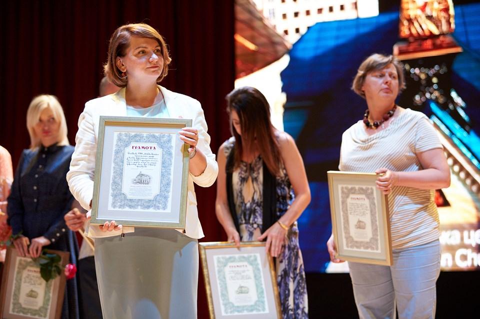 Марцінків привітав медиків з професійним святом і пообіцяв премії 6