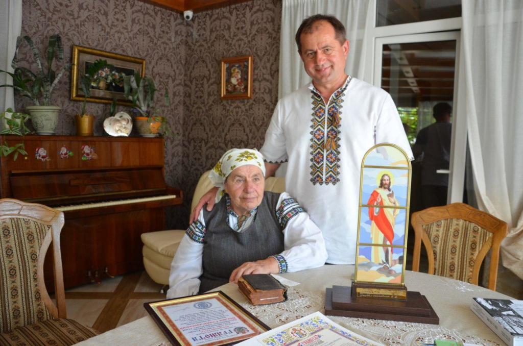 Хто такий Богдан Станіславський: навіщо старості церковного хору Верховна Рада 5