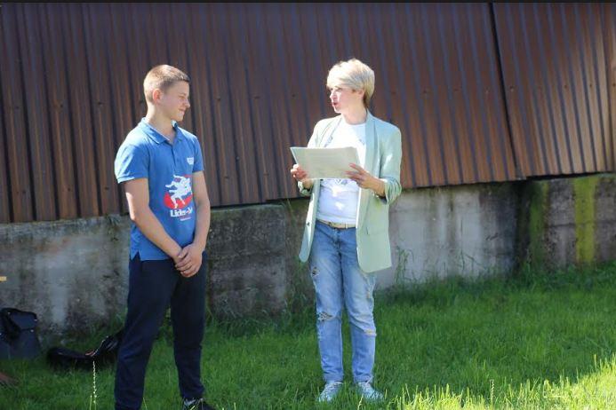 Благодійний фонд Юрія Дерев'янка нагородив найкращих спортсменів з Надвірнянського району 1