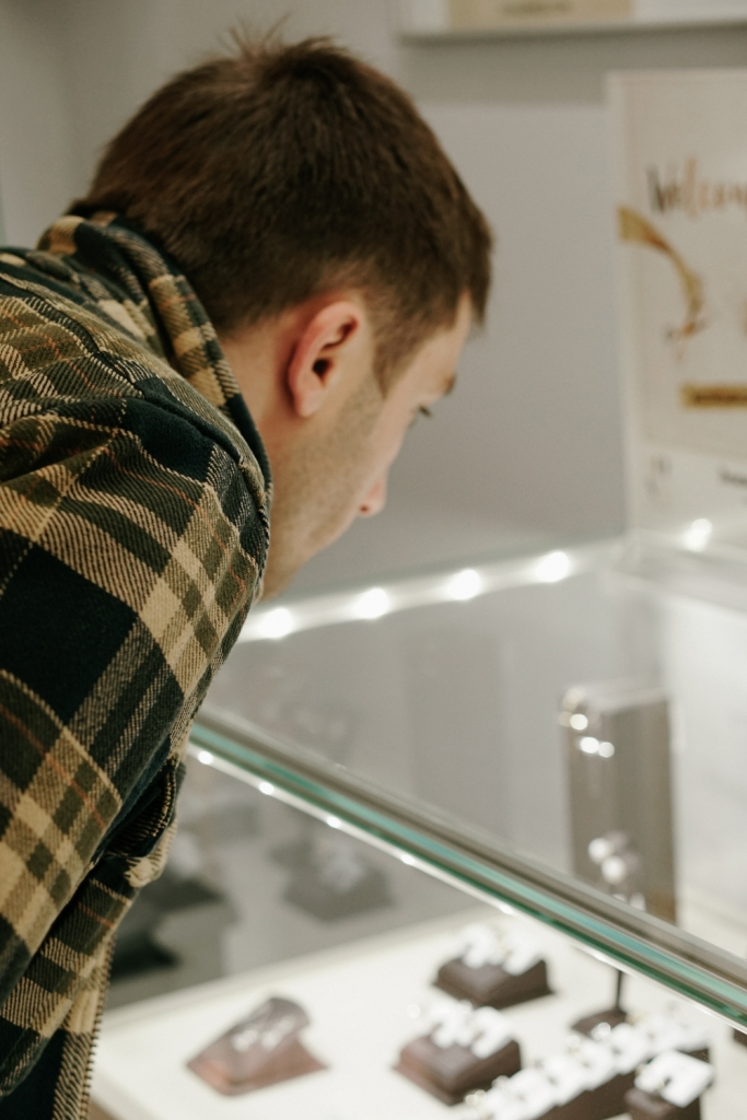 Як пройшло відкриття першого магазину SOVA у Івано-Франківську 20