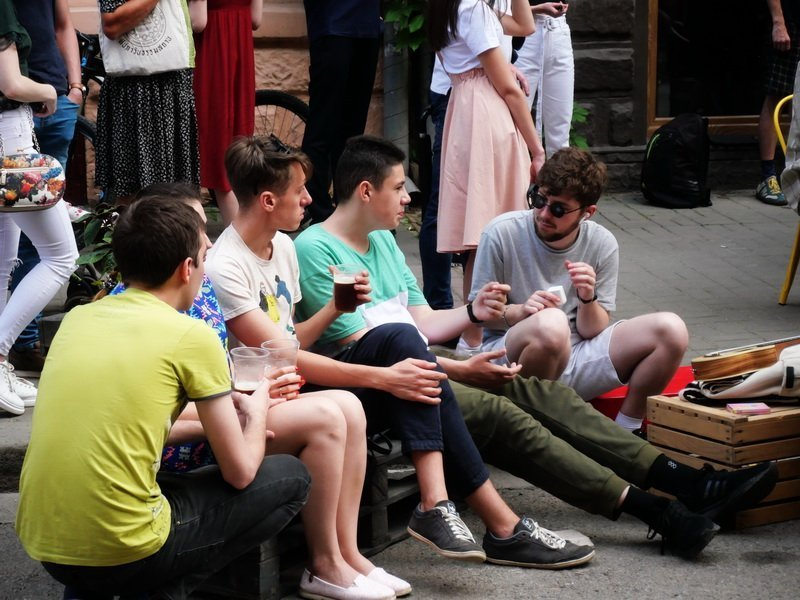 """Сотні франківців прийшли на відкриття третього сезону """"Квадрата Курбаса"""" 5"""