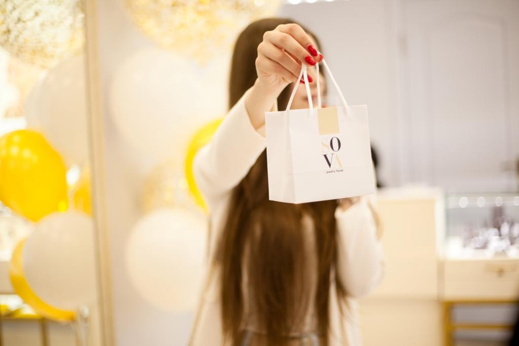 Як пройшло відкриття першого магазину SOVA у Івано-Франківську 2