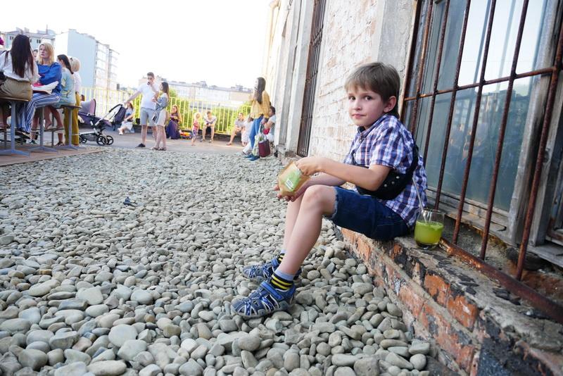 """Оркестр на даху заводу відкрив літній сезон на """"Промприладі"""" 10"""