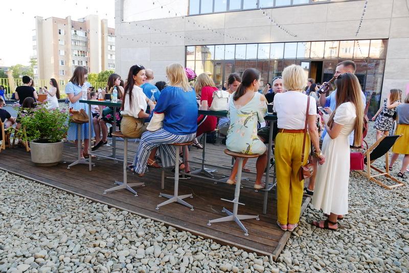 """Оркестр на даху заводу відкрив літній сезон на """"Промприладі"""" 16"""