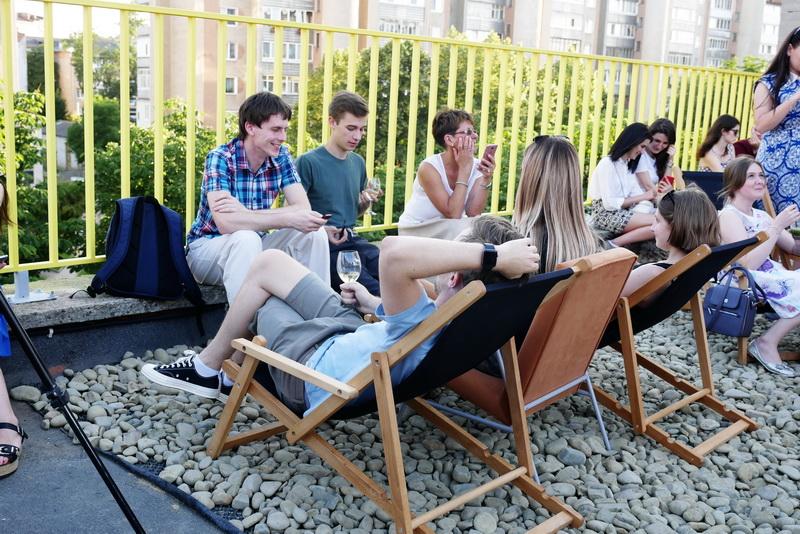 """Оркестр на даху заводу відкрив літній сезон на """"Промприладі"""" 14"""