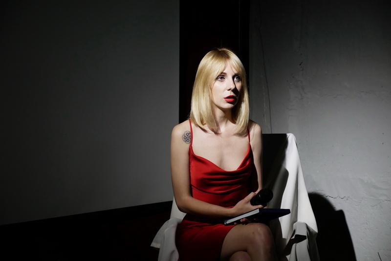 """""""Блокнот 69"""": Мар'яна Заклінська у """"Ваґабундо"""" презентувала еротичну поезію 6"""