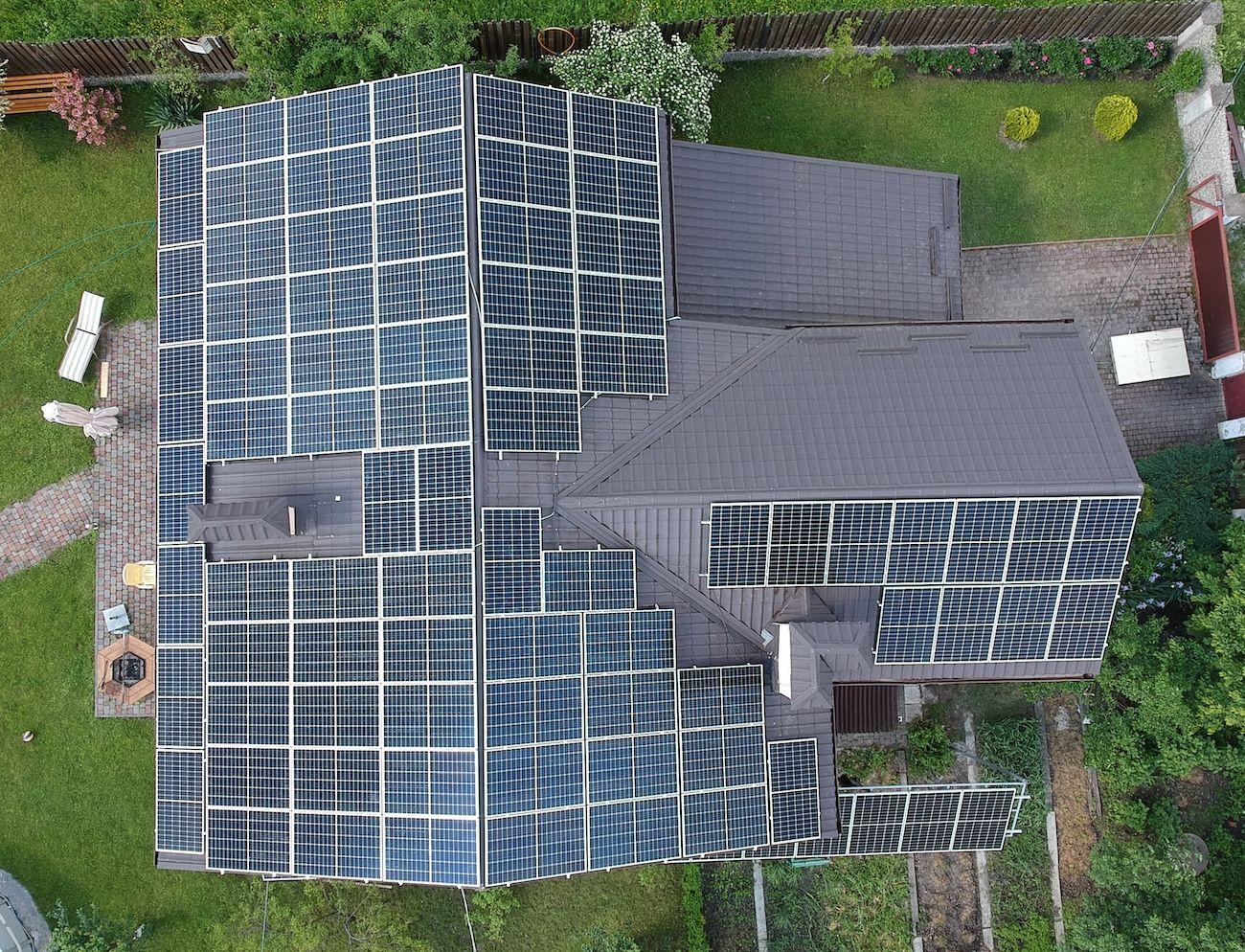 Сонячну електростанцію для дому потужністю 30 кВт встановлено в Посічі 2