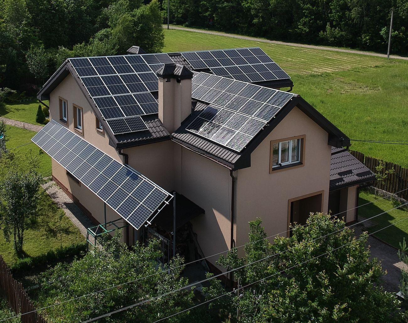 Сонячну електростанцію для дому потужністю 30 кВт встановлено в Посічі 4