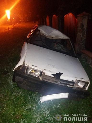 За добу під колесами автівок на Прикарпатті загинуло двоє людей 2