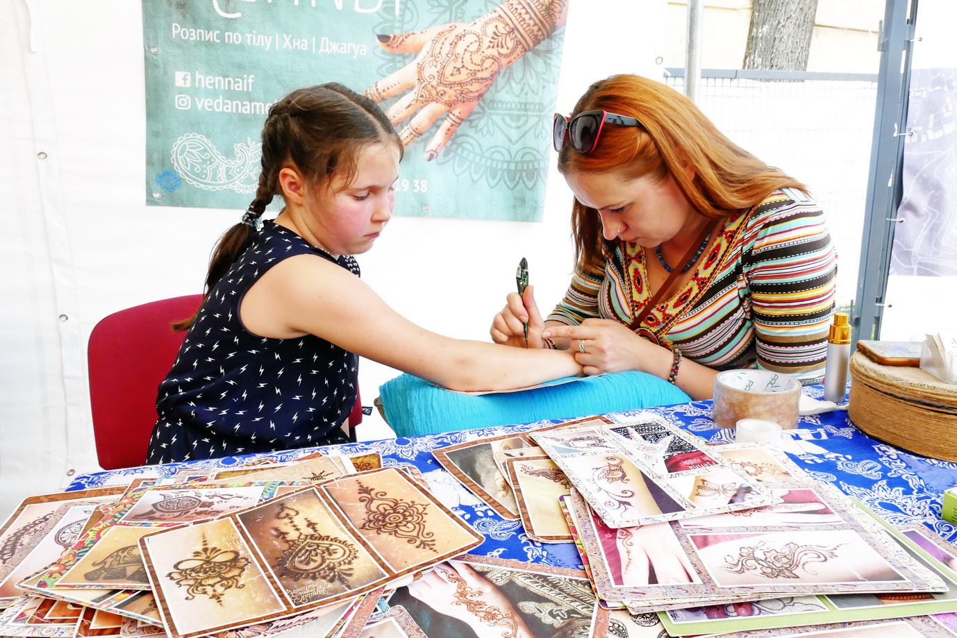 У Франківську на фестивалі Global Village 9 країн презентують свою культуру 4
