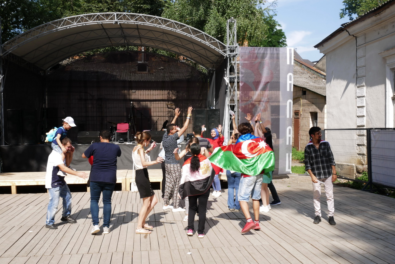 У Франківську на фестивалі Global Village 9 країн презентують свою культуру 16