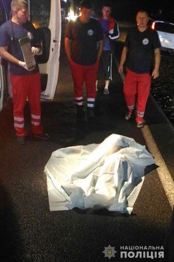 За добу під колесами автівок на Прикарпатті загинуло двоє людей 10