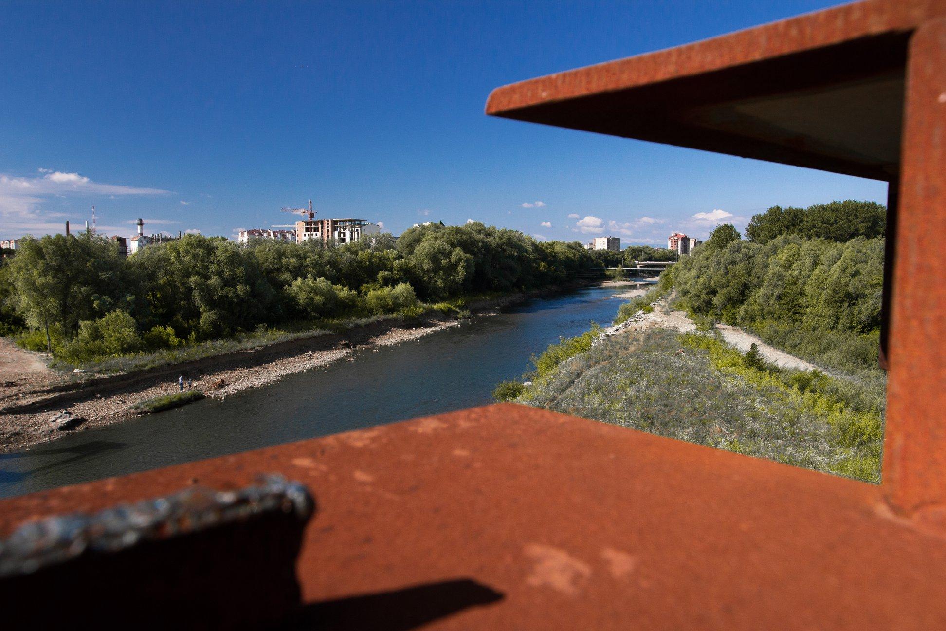 Залишилось 87 метрів: у Франківську триває будівництво моста на Пасічну 1