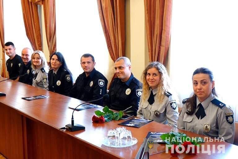 На Прикарпатті відзначили працівників поліції ювенальної превенції 3