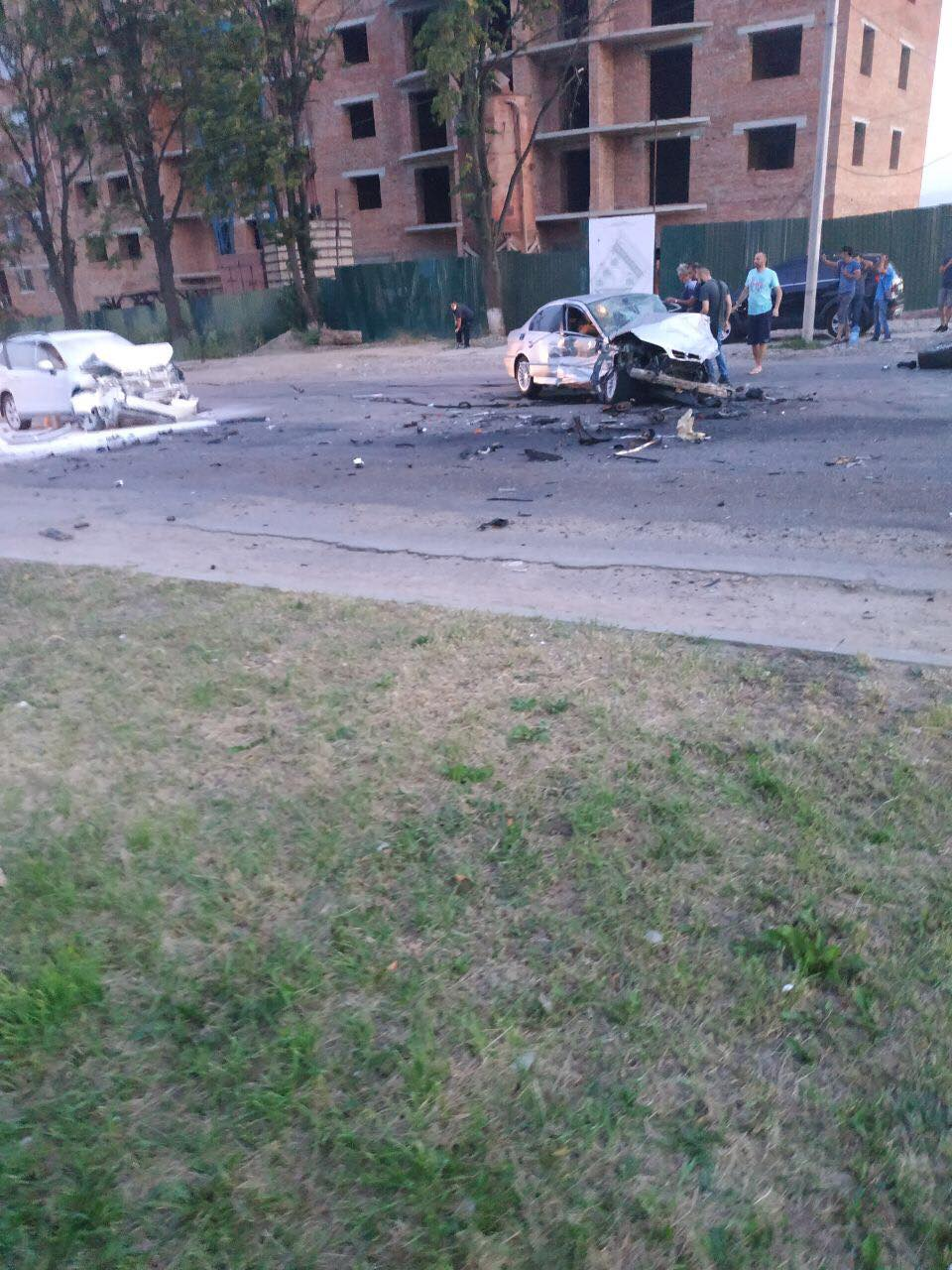 У Франківську зіткнулися три авто – є потерпілі. ОНОВЛЕНО 4