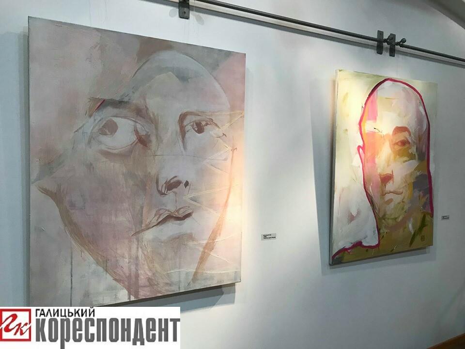 У Франківську Зорян Суш відкрив першу персональну виставку 8