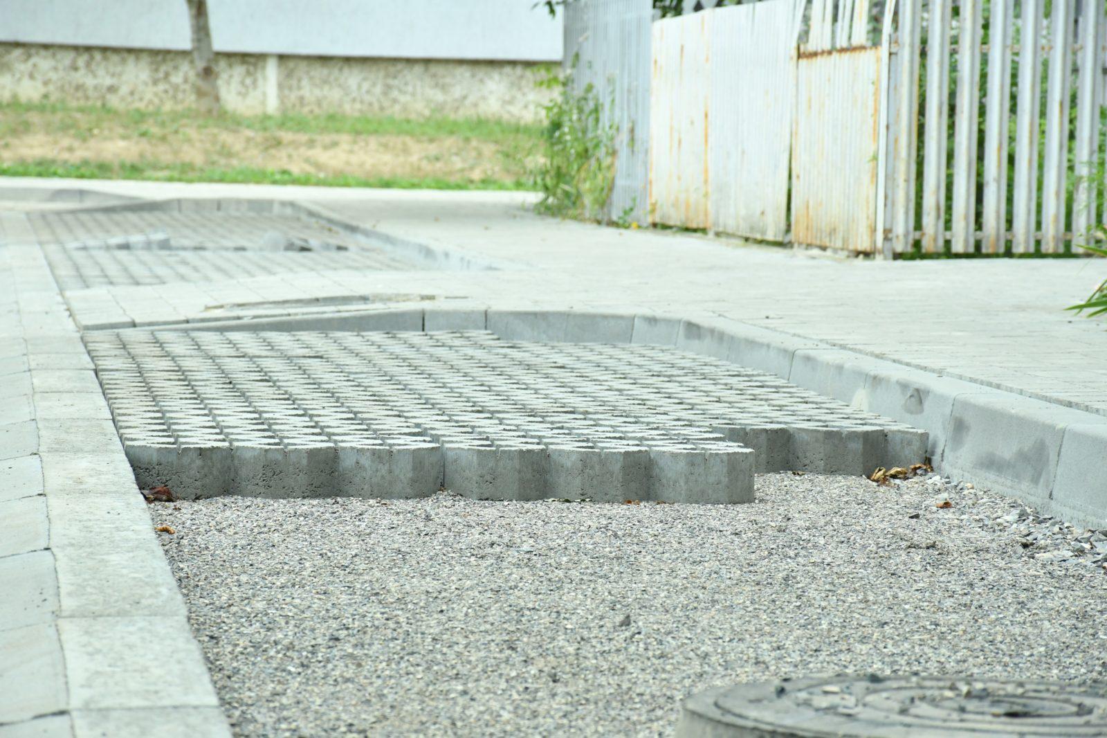 У Франківську розпочали капітальну реконструкцію двору на Хоткевича 2