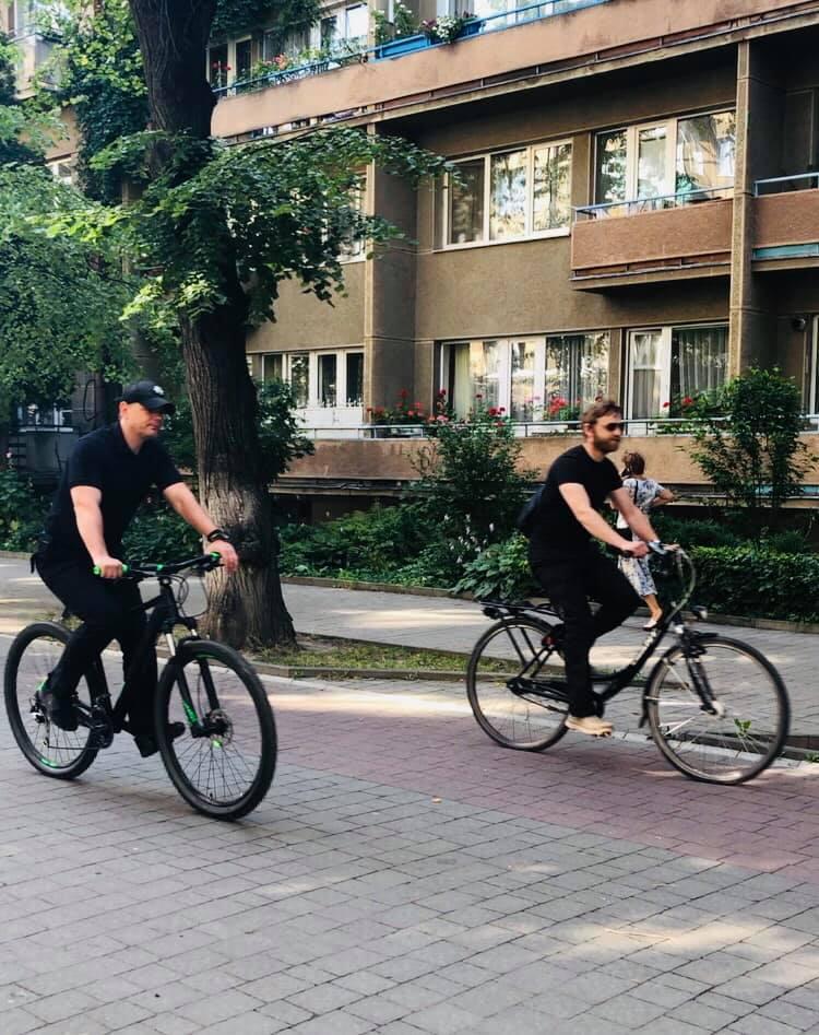 Поліцейські Івано-Франківщини зустрілися з велосипедистами і проїхалися вулицями міста 2