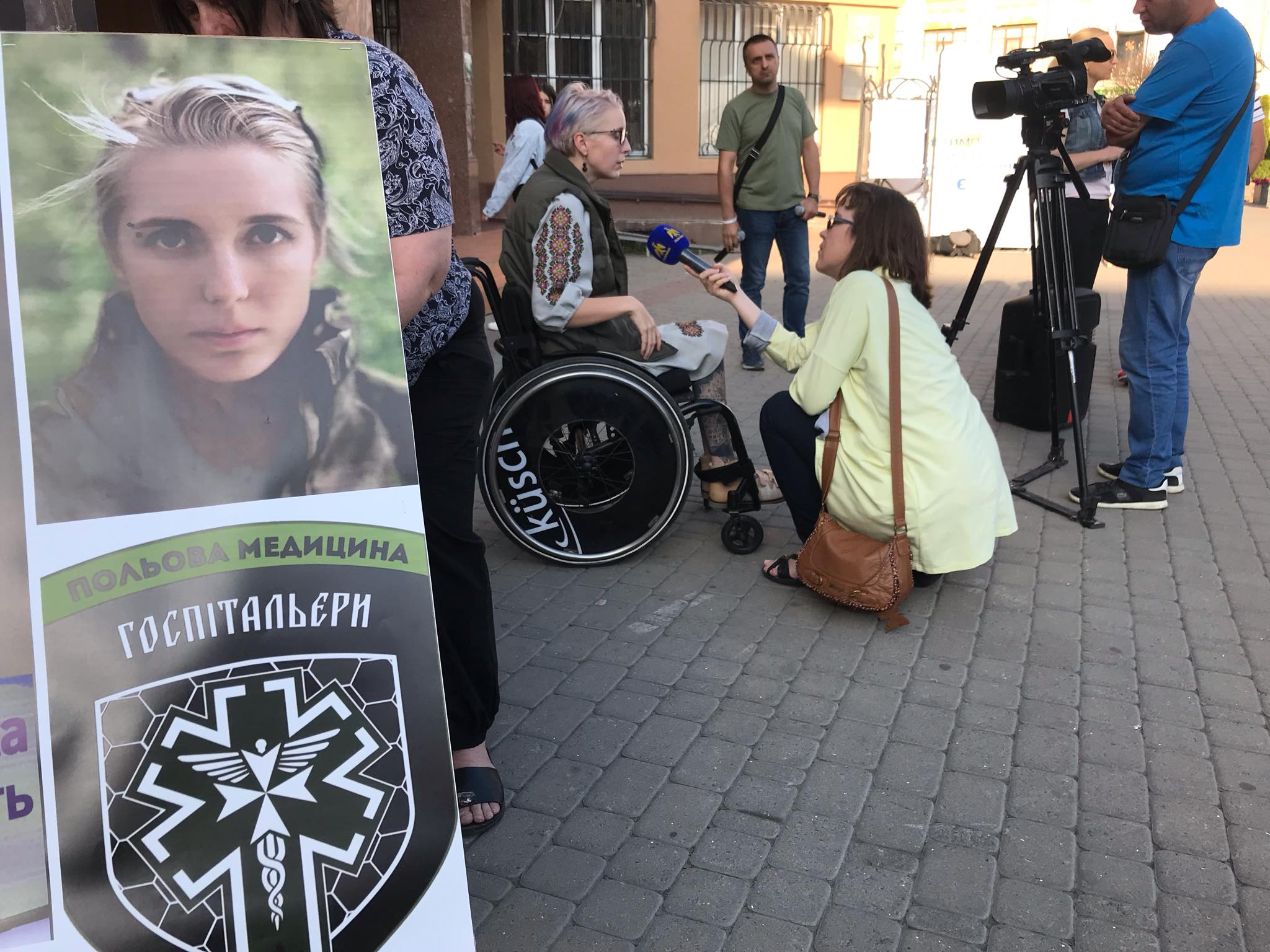 """З франківцями зустрілася легендарна """"госпітальєрка"""" Яна Зінкевич 3"""