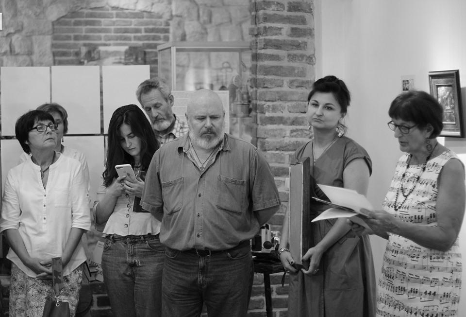 Живопис, музика і аромати: у Бастіоні відкрили особливу виставку абстракцій 2