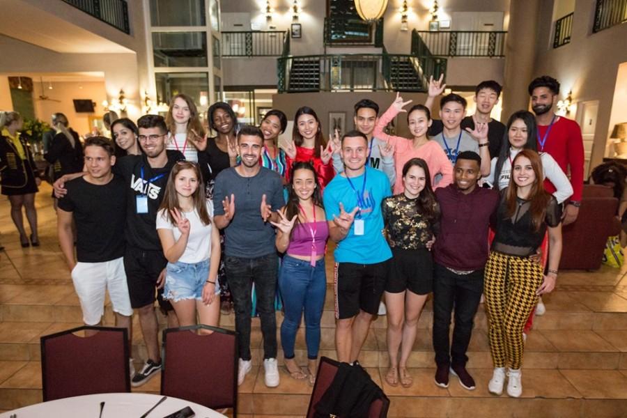 Калушанка бере участь у Всесвітньому конкурсі краси серед глухих 3