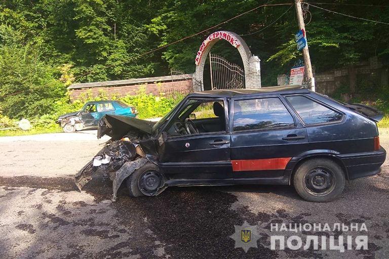 За добу під колесами автівок на Прикарпатті загинуло двоє людей 14