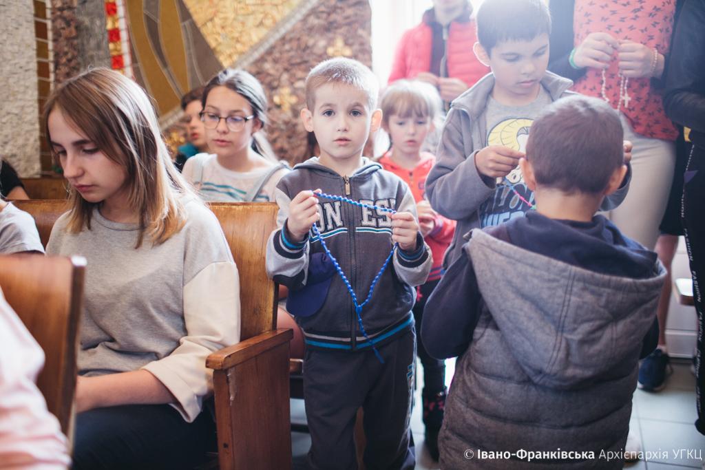 """Майже 500 дітей з Прикарпаття відпочили в """"Кедрових палатах"""" 6"""
