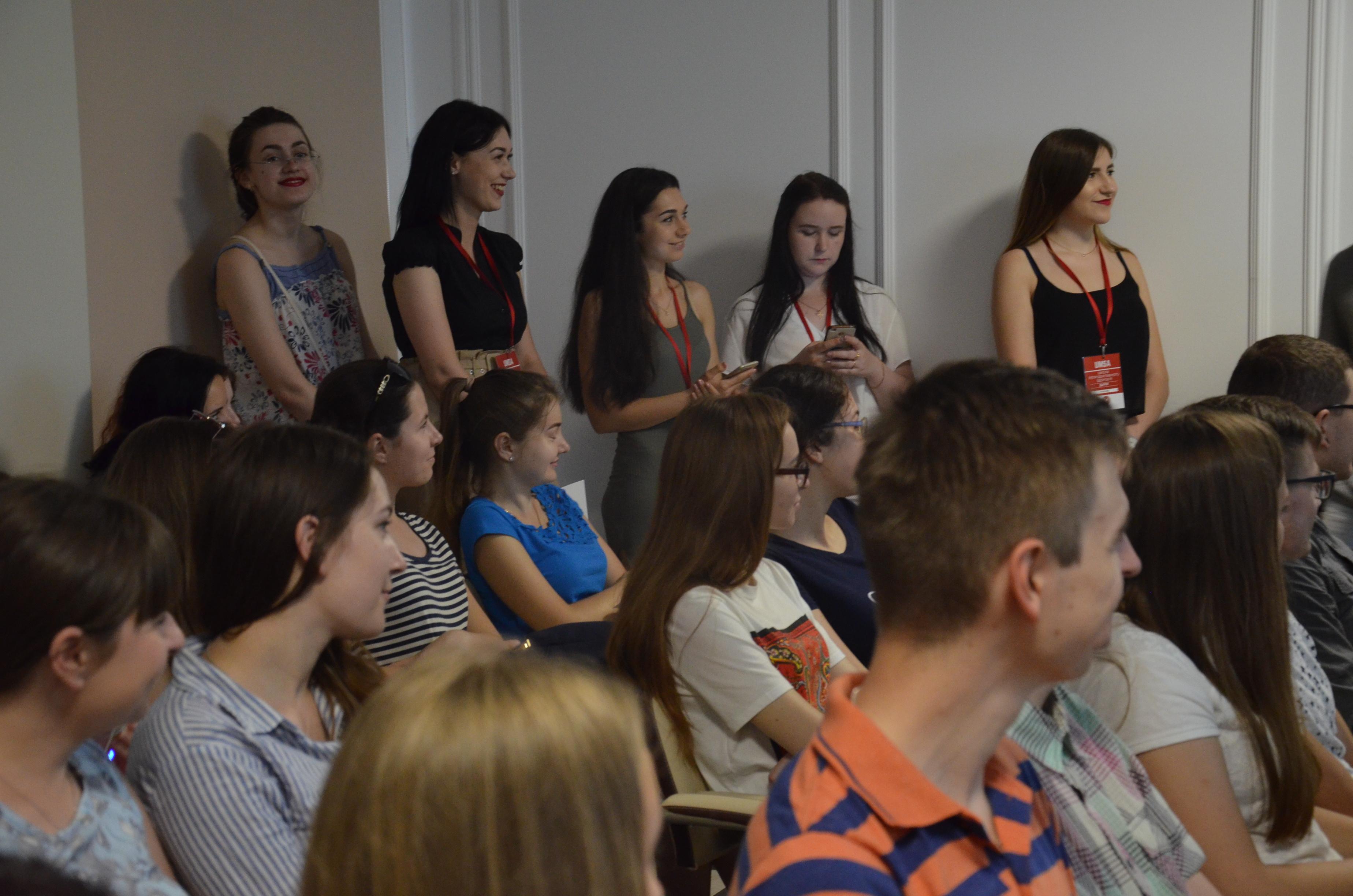 Франківські студенти-медики провели майже пів сотні лекцій для підлітків про інтим 2