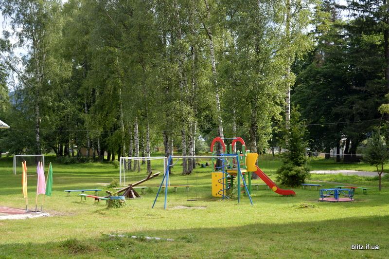 На Прикарпатті відкрився новий табір – першими відпочивають діти учасників АТО 6