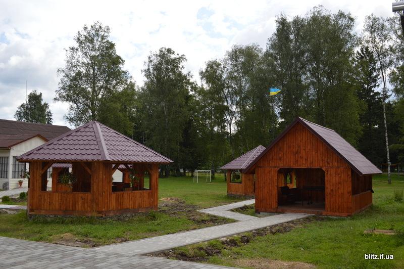 На Прикарпатті відкрився новий табір – першими відпочивають діти учасників АТО 8