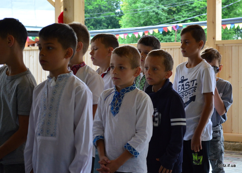 На Прикарпатті відкрився новий табір – першими відпочивають діти учасників АТО 10