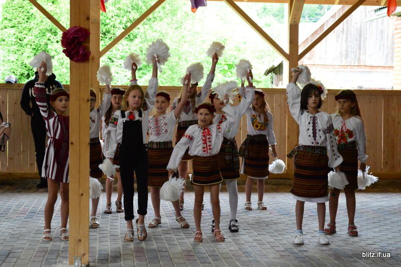 На Прикарпатті відкрився новий табір – першими відпочивають діти учасників АТО 14