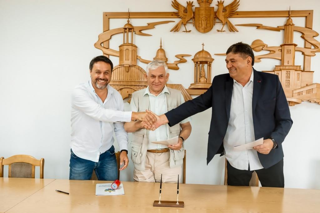 """На базі ІФНТУНГ хочуть створити """"Академію футболу"""" 1"""