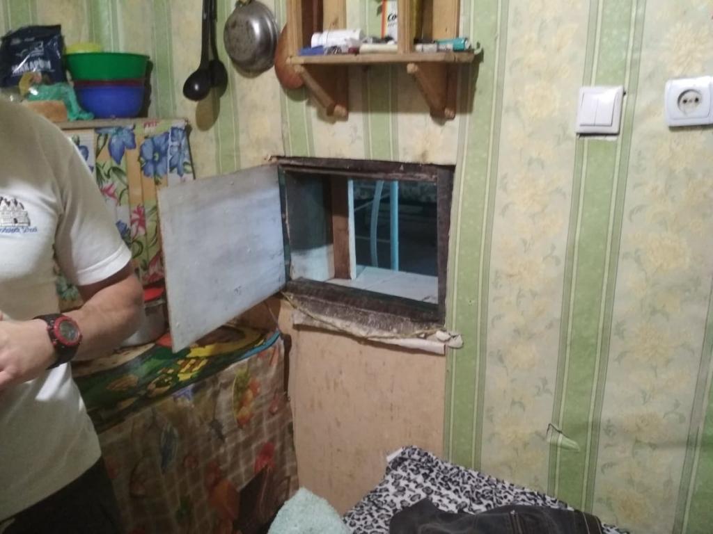 Без нічного туалету та питної води: як живуть ув'язнені у Коломийській виправній колонії 6