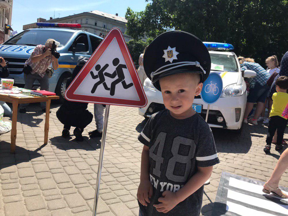У Франківську святкують День Національної поліції 16