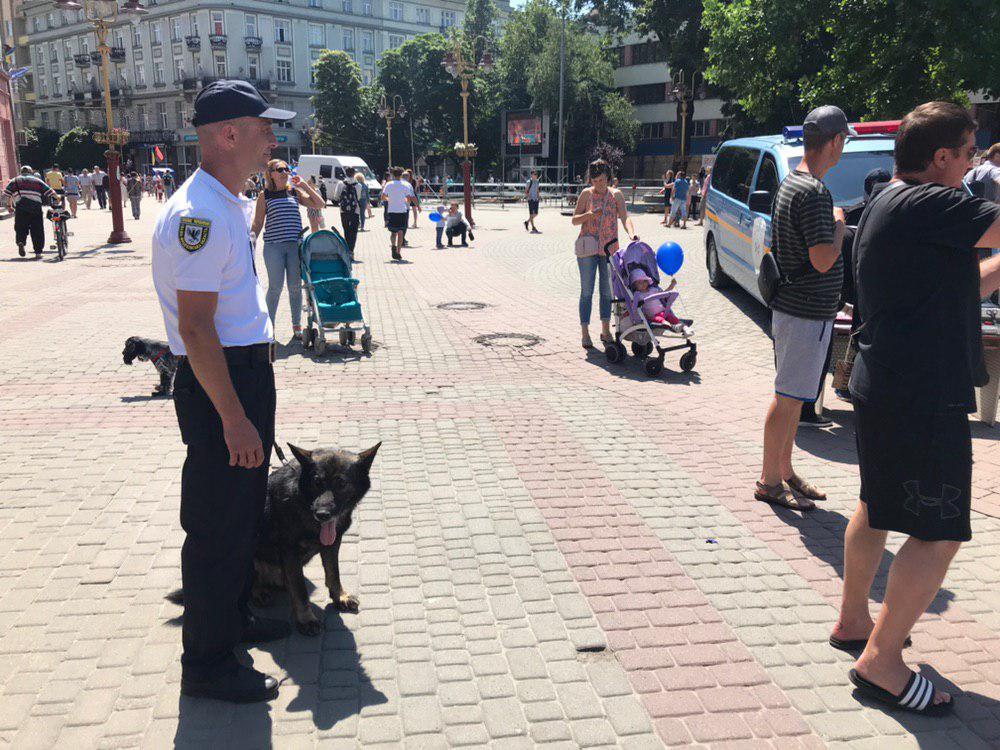У Франківську святкують День Національної поліції 18