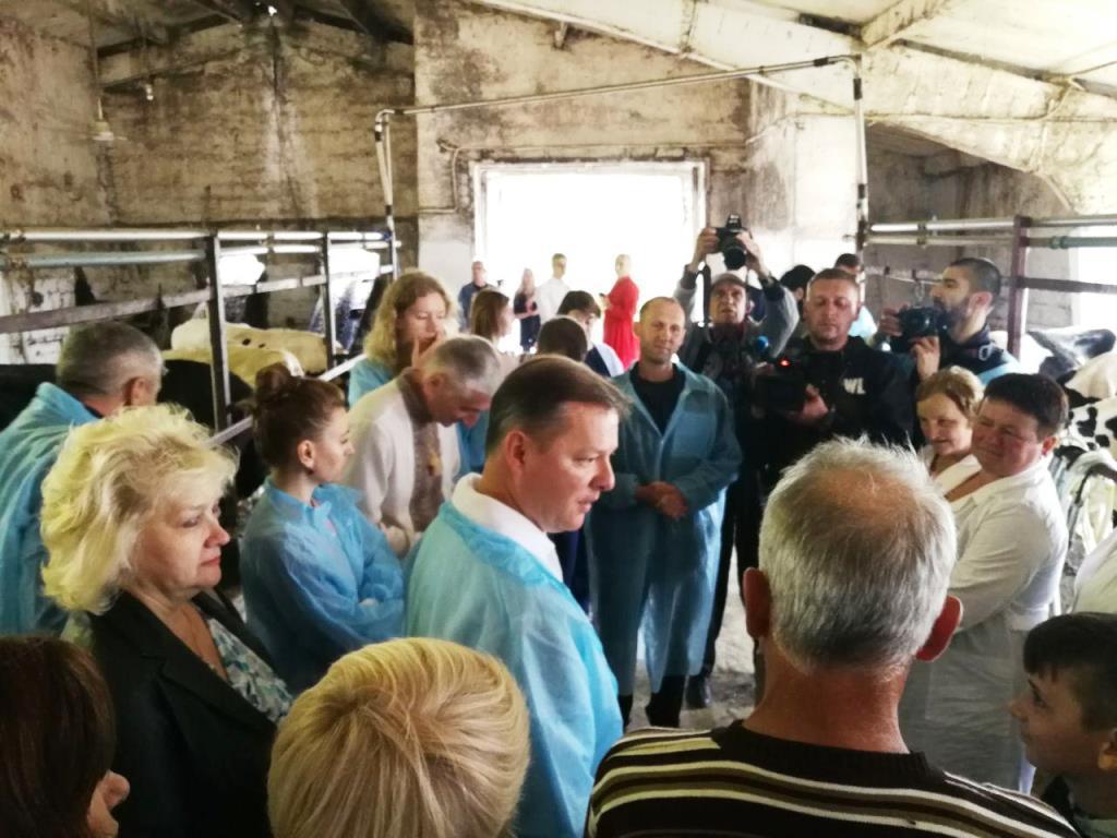 """Ляшко на Прикарпатті: """"Менше свиней при владі – більше корів на селі"""" 18"""