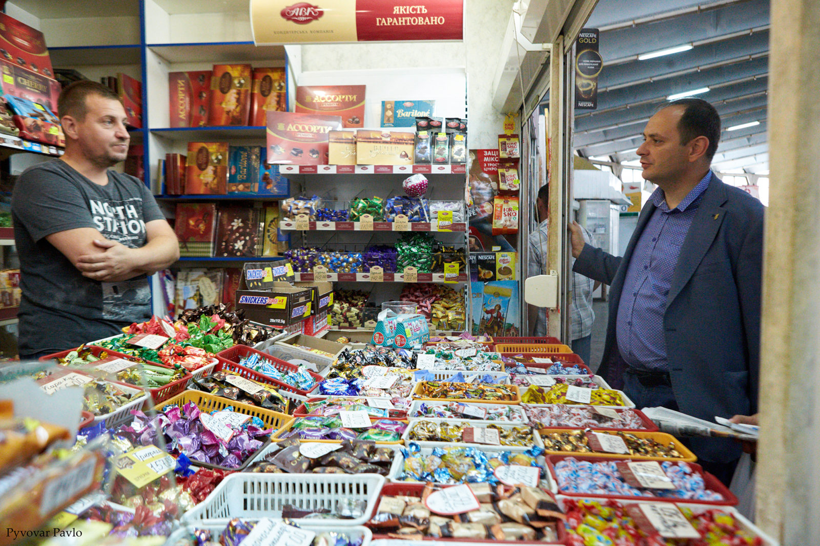 Продавці центрального ринку Франківська поскаржились меру на умови праці 4