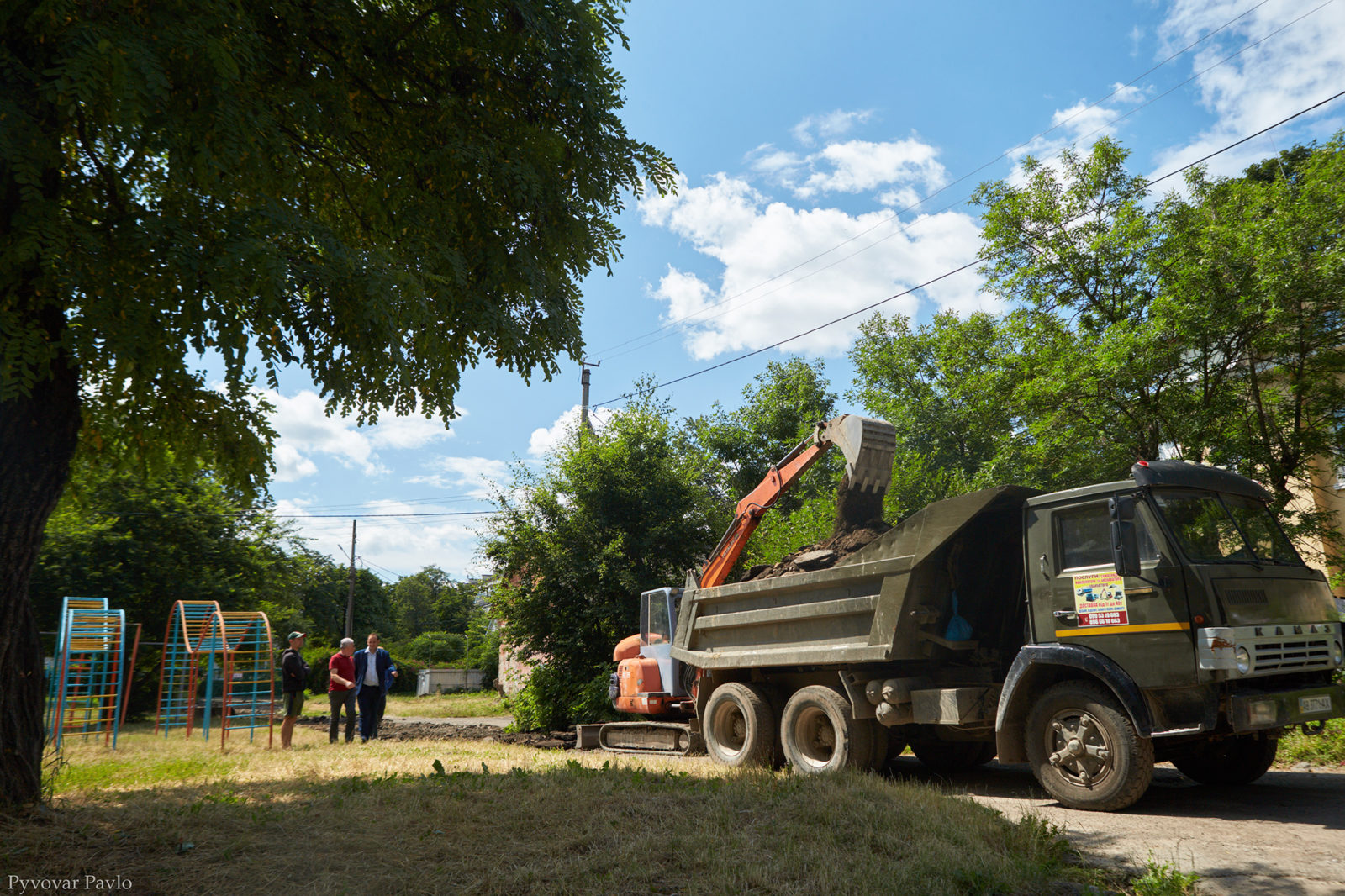 У Франківську розпочали довгоочікуваний ремонт двору на Набережній 1