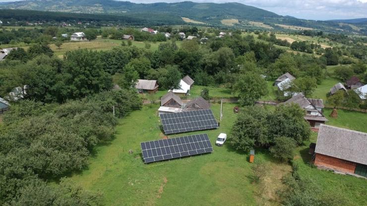 Сонячну електростанцію для дому потужністю 30 кВт встановлено в селі Баня-Березів 1