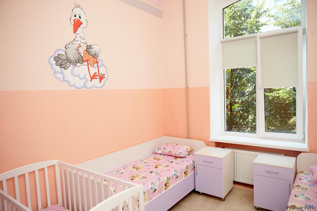 У Франківську відкрили оновлене інфекційне відділення дитячої лікарні 1