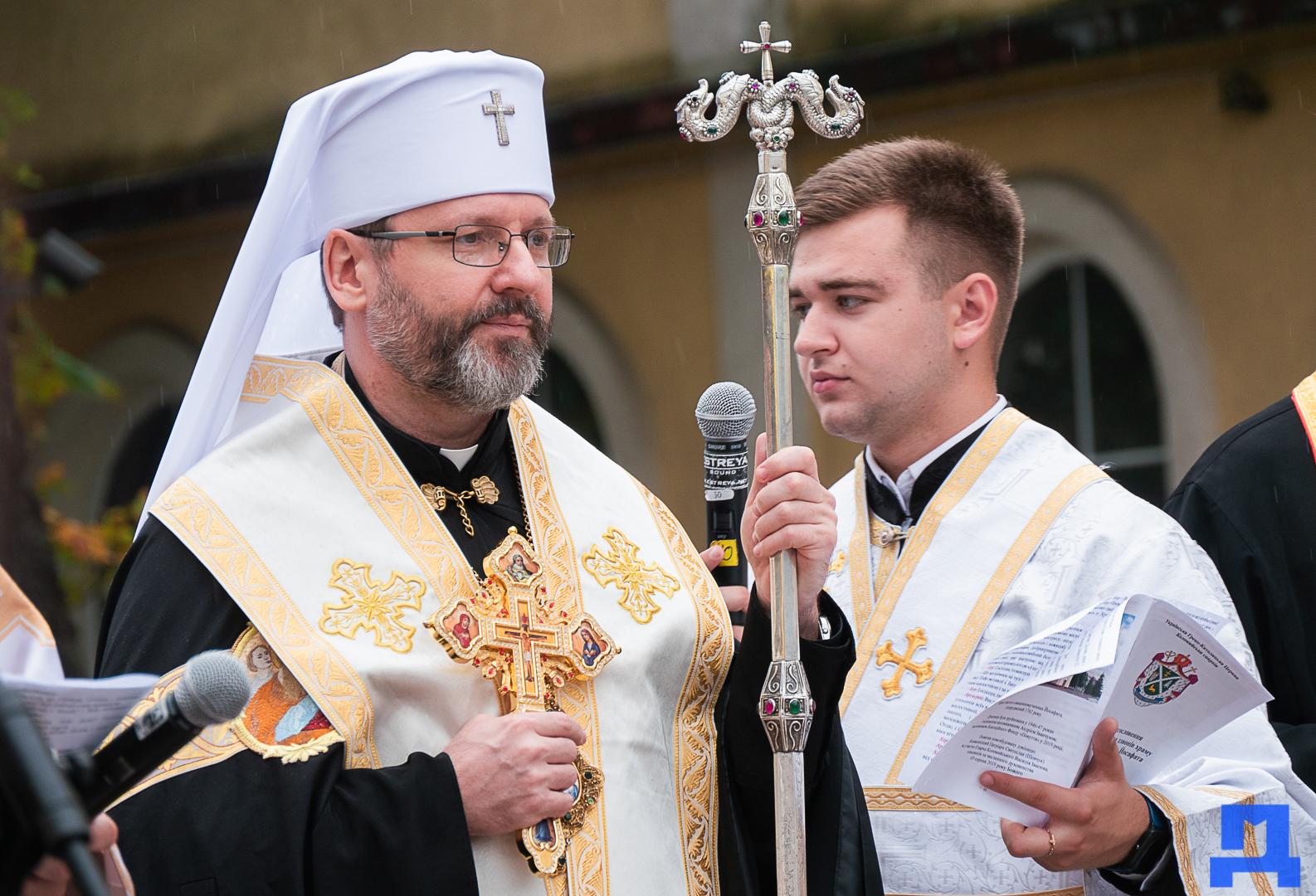 Глава УГКЦ Блаженніший Святослав освятив у Коломиї унікальну дзвіницю 6