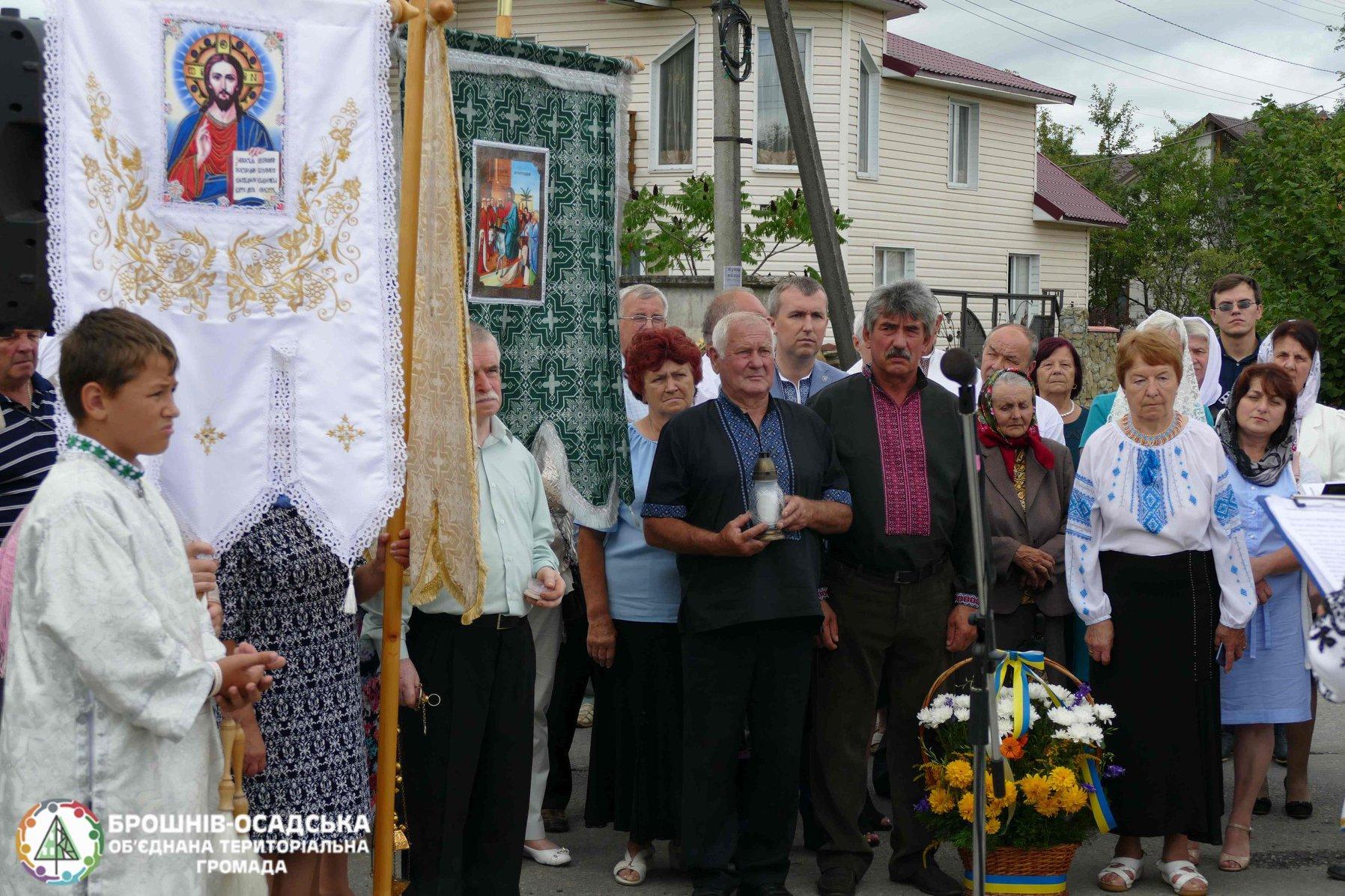 На Прикарпатті відреставрували пам'ятний Хрест жертвам комуністичного режиму 2