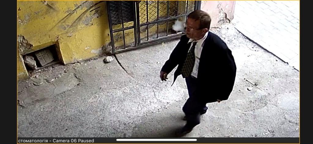У Франківську злодій представився працівником водоканалу і викрав з квартири гаманець 2