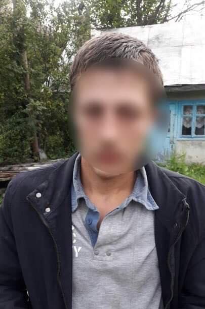 Калуські поліцейські розшукали трьох підозрюваних у викраденні автомобіля 6