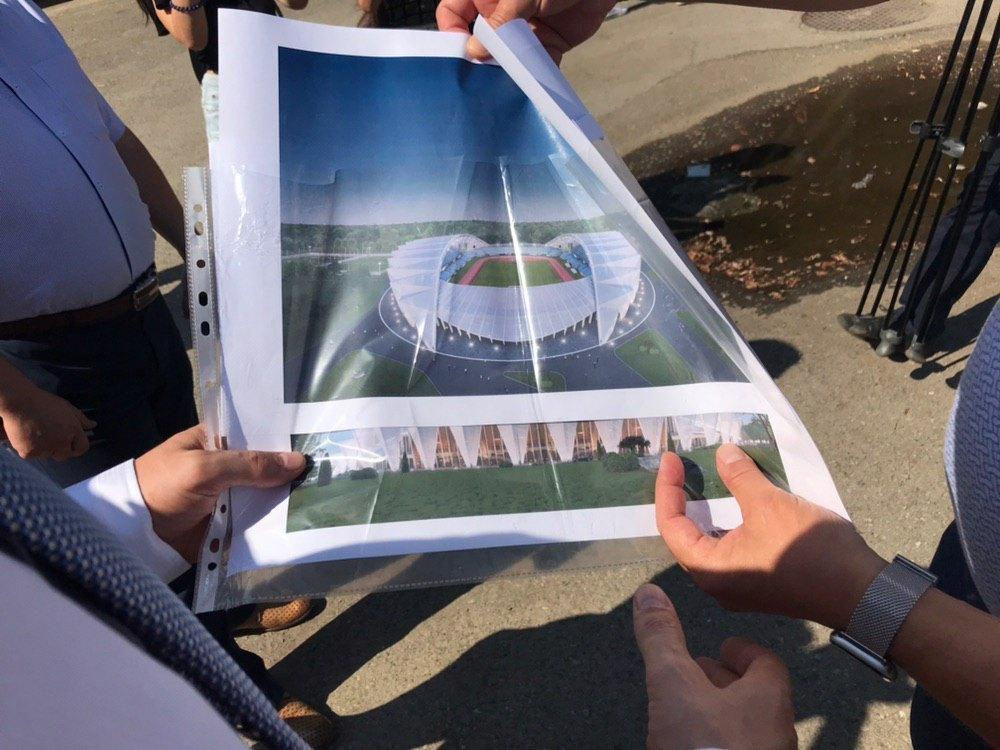 Шмигаль запросив до Франківська інвесторів збудувати спортивний центр 1