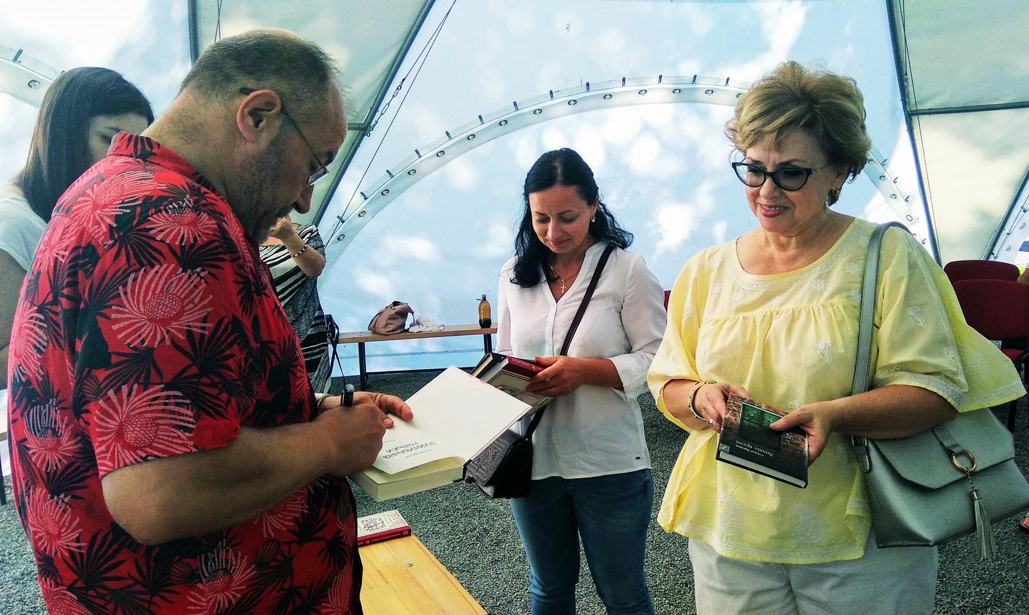 Франківський письменник Степан Процюк з приводу ювілею зустрівся з шанувальниками в Палаці Потоцьких 4