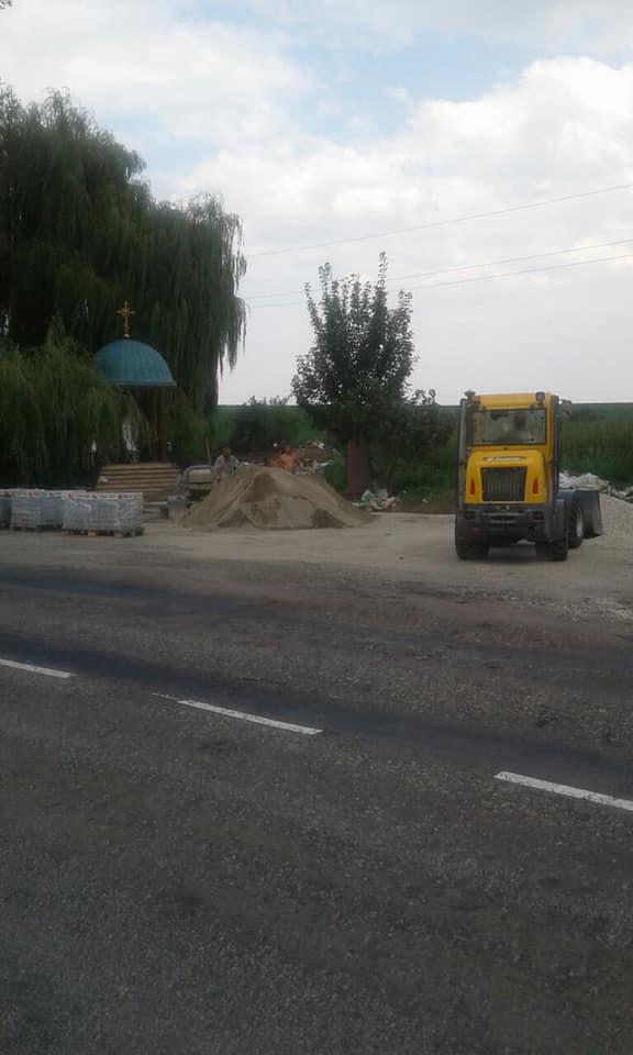 На Городенківщині облаштовують майданчик для відпочинку водіїв (фотофакт)