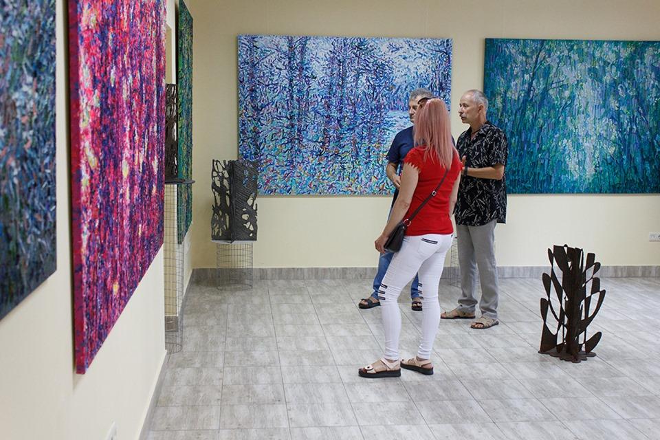 У Центрі сучасного мистецтва Франківська відкрили атмосферний артпроєкт Сергія Кірілова 4