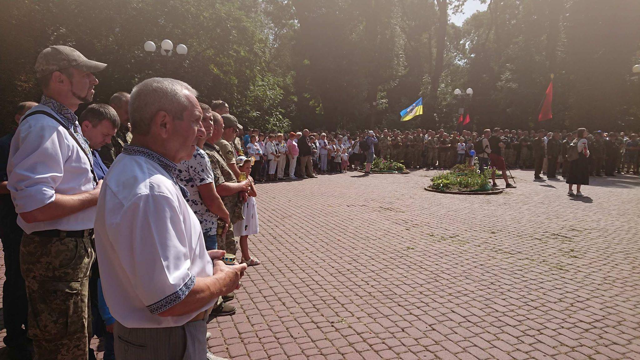 Марш нескорених: у Франківську вшанували полеглих на війні 2014-2019 років 8